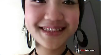 Baby faced Thai teen is easy pussy for the experienced lovemaking tourist